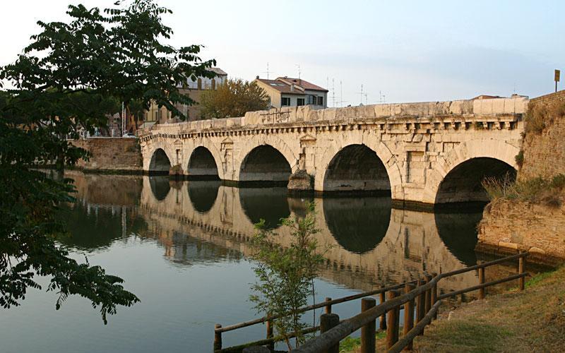 ponte_tiberio_1_800x600.1133440732